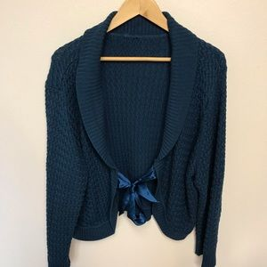 Sweaters - Crop Sweater with Front Tie